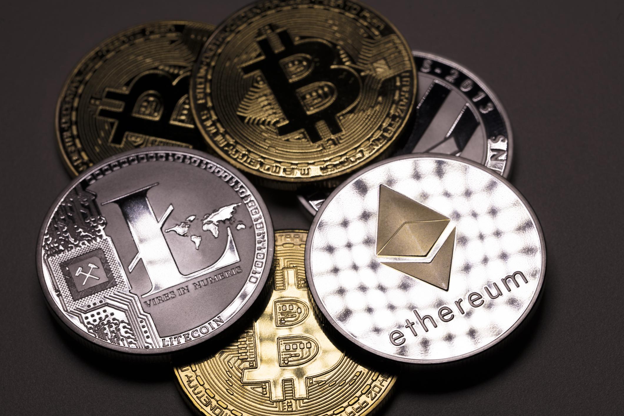 Cryptocurrency exchange puts $250k bounty on hackers