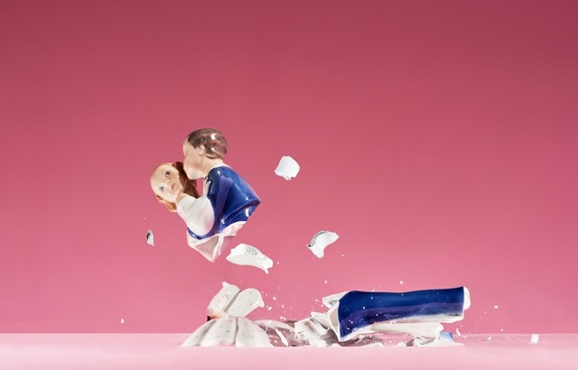 UK divorcees regret break-up amid financial strain